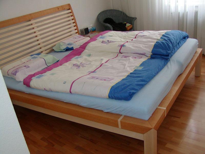 Doppelbett Ahorn lackiert, Erle geölt